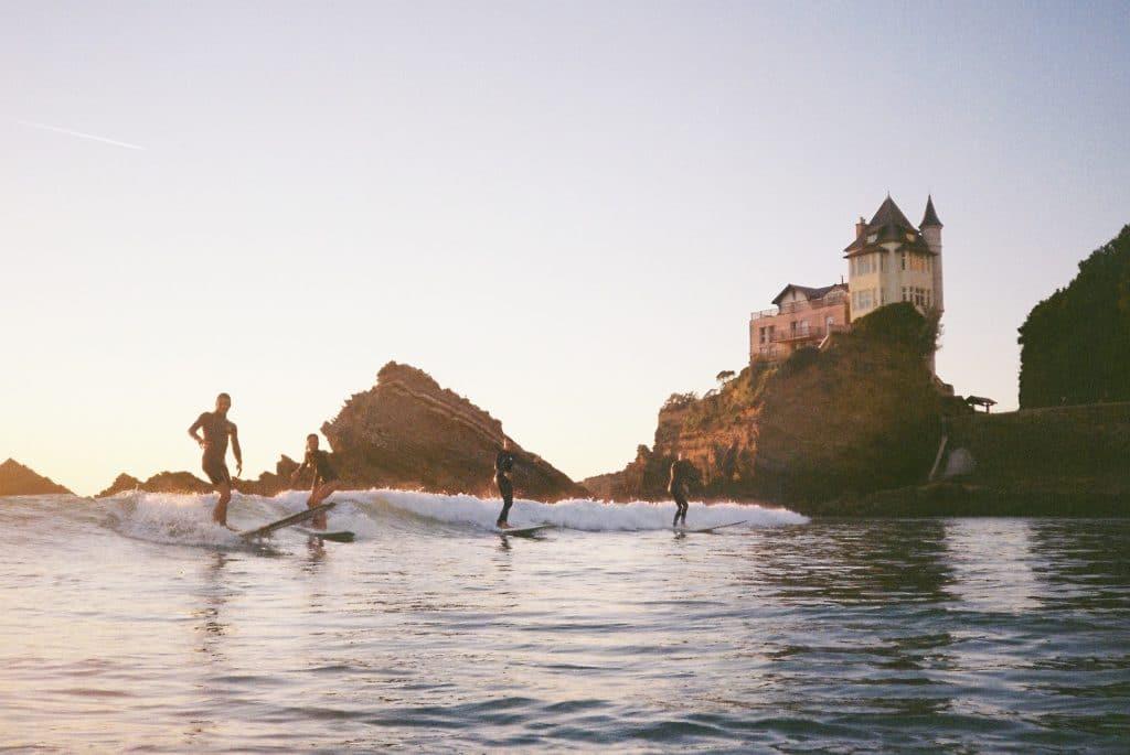 surf à biarritz,wildsuits